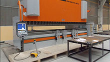 Presa de indoit table CNC 400 tf
